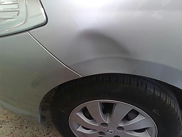 Araçlarda meydana gelen kaporta üzerindeki boyanın hasar görmediği durumlardaki en mantıklı ve orijinalliği bozmadan yapılacak tamirat boyasız göçük tamiridir.