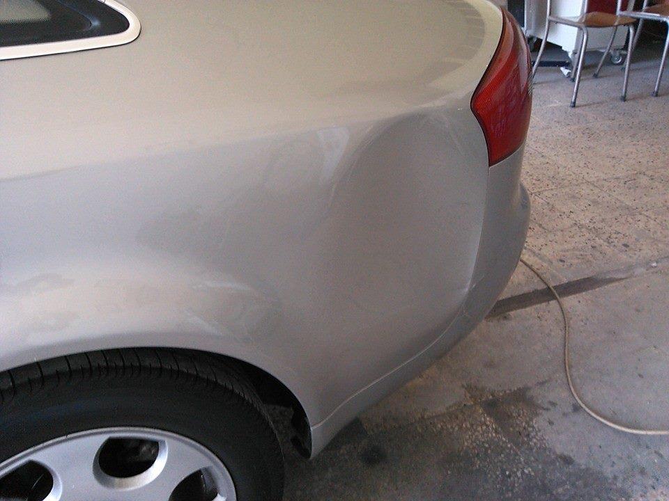 Göçük oluşmuş araçta boya ve kaporta işlemine gerek kalmadan boyasız göçük tamiri ile onarım mümkündür.